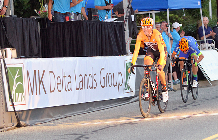 Elliott DOYLE (Silber Pro Cycling) crosses the line to win the MK Lands group Criterium and stage 1 of the 2016 Tour de Delta ahead of Florenz KNAUER (Independent).